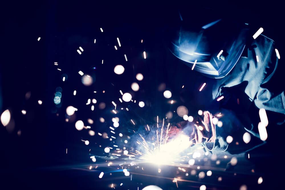 shutterstock_341102162-welding